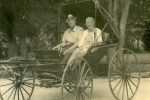 monroe-landon-and-his-wife-eva-in-a-buggy