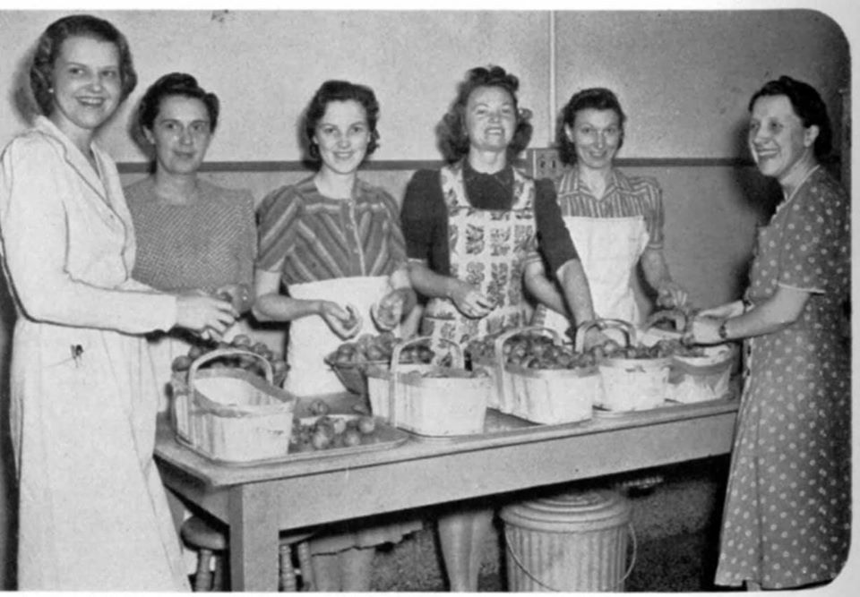 Six women preserving fruit for the Jam for Britain Campaign, 1939-1945